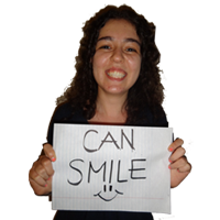    can smile  